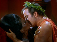 Uhura_and_Kirk_kiss.jpg