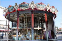 09_French_carousel[1].jpg