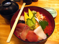 31-Enjoying-typical-Japanese-food.jpg
