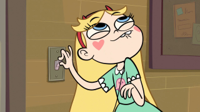 Star.vs.The.Forces.of.Evil.S01E01.Star.Comes.To.Ea.jpg